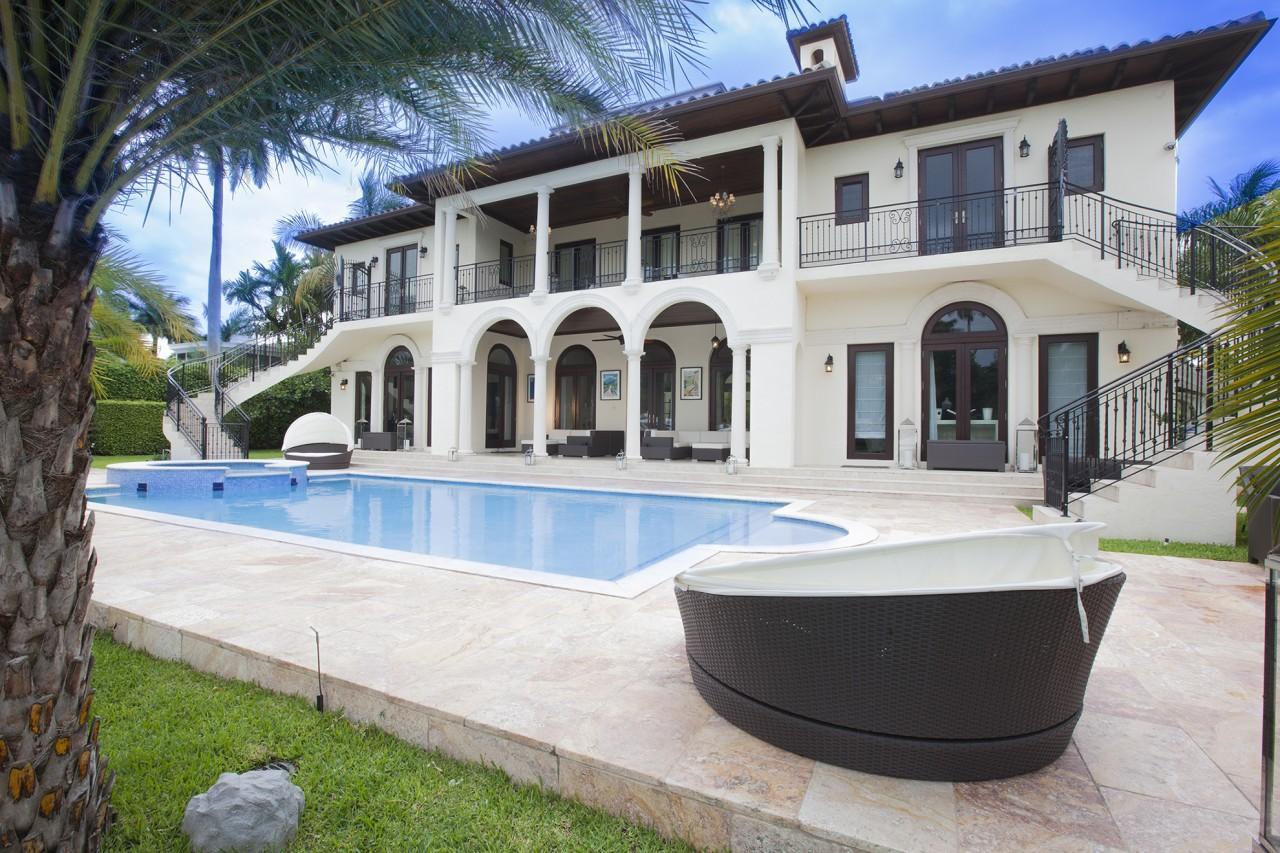 Location villa melinda nice - Piscine pente terrain nice ...